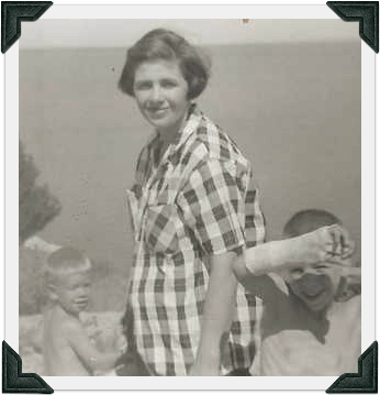 Grandma D4